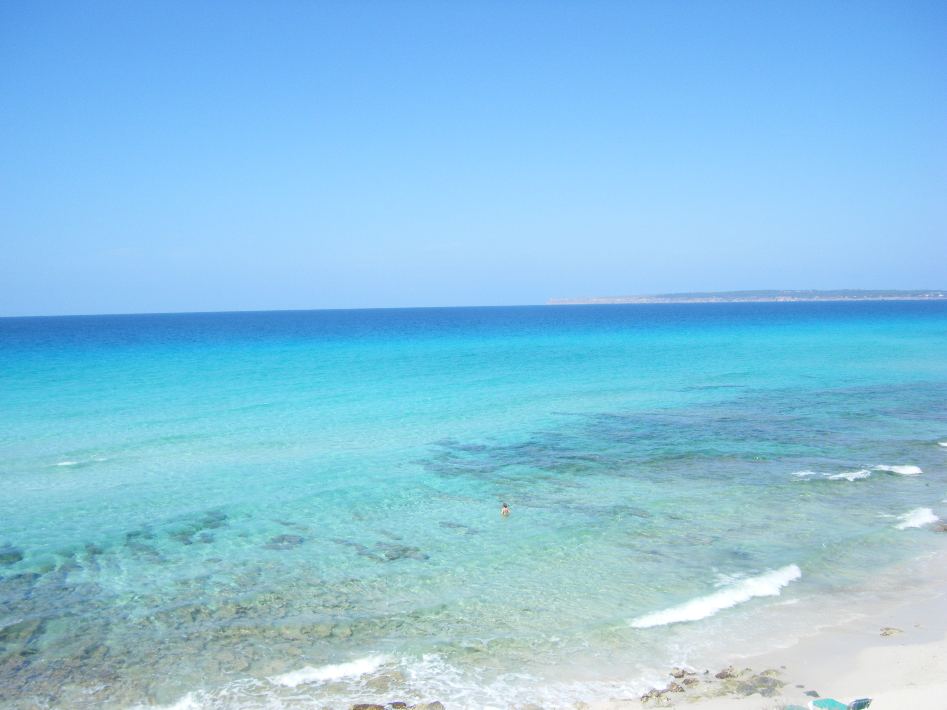 Cales, platges, cultura, racons, petits secrets i caràcter local de les Illes Balears