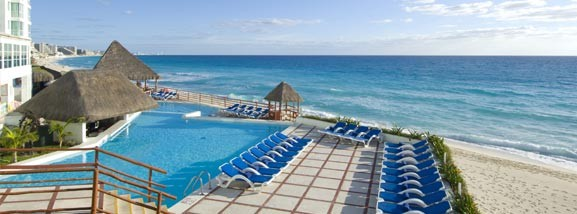 BlueBay Inn Beach Paradise, a orillas del mar