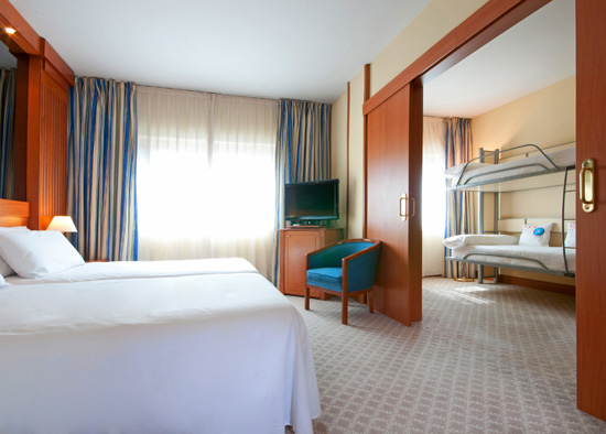 tryp apolo un hotel para familias en barcelona
