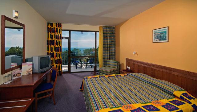 Hotel Sol Nessebar Mare, descansa en Bulgaria