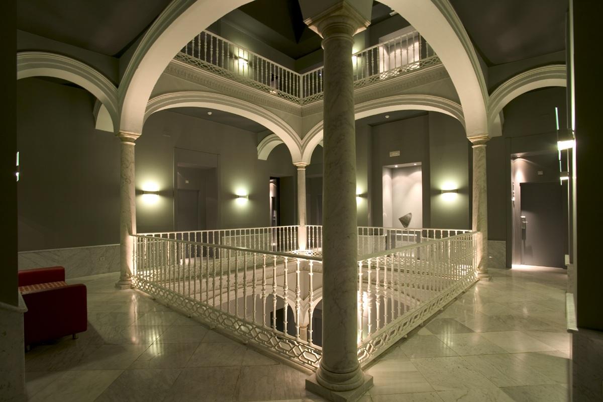 Hôtel Petit Palace Santa Cruz